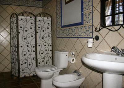 Baño Habitación doble 3 planta baja Casa Rural La Cabra